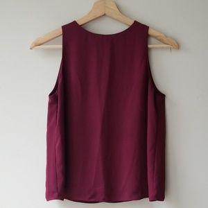Aritzia Babaton Sz XS Sleeveless Blouse Shirt Red